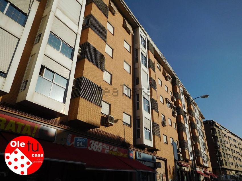 Piso en calle Dobla, Pau de Carabanchel, Madrid