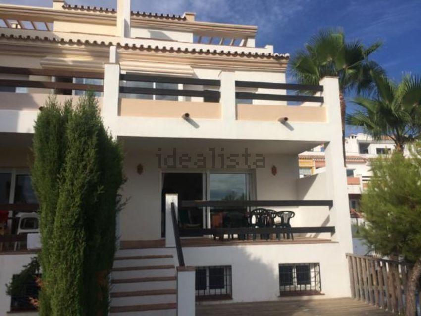 Chalet adosado en ronda de Nabrisa Oeste, Rio Real, Marbella