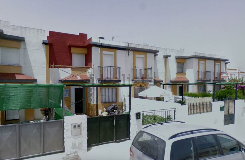 Chalet en calle al-andalus, 8, Olivares
