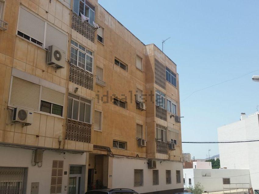 Piso en calle Zurgena, 16, Barrio San Luis - Los Molinos, Almería