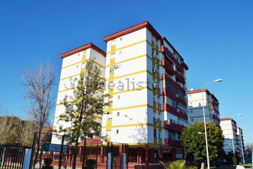 Piso en Tallista M. Hierro Barreda, 2, Nuevo Parque - Los Rosales - Tráfico Pesa