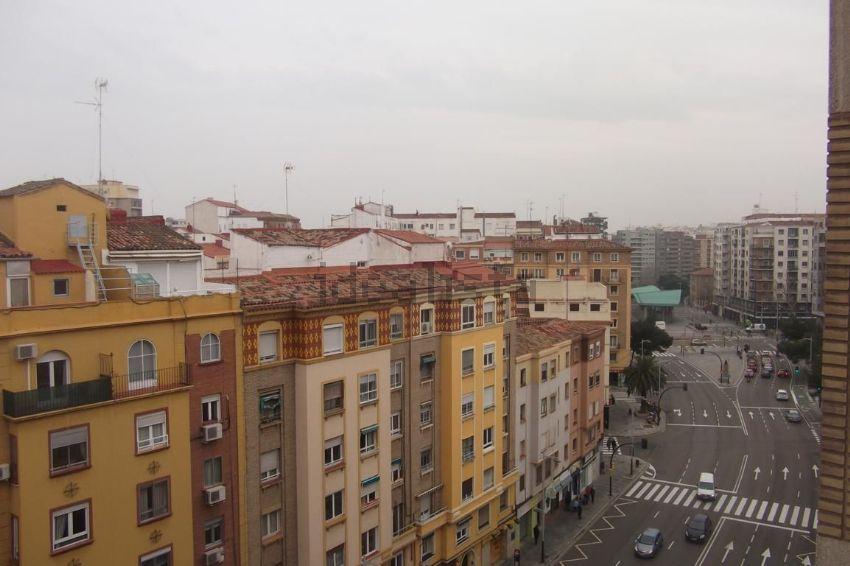 Piso en avenida de Goya, Universidad San Francisco, Zaragoza