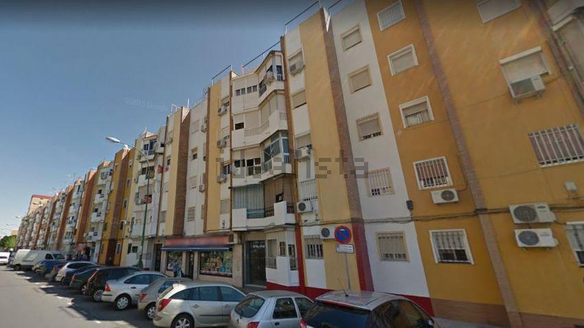 Piso en avenida de Pino Montano, Villegas - Los Principes, Sevilla