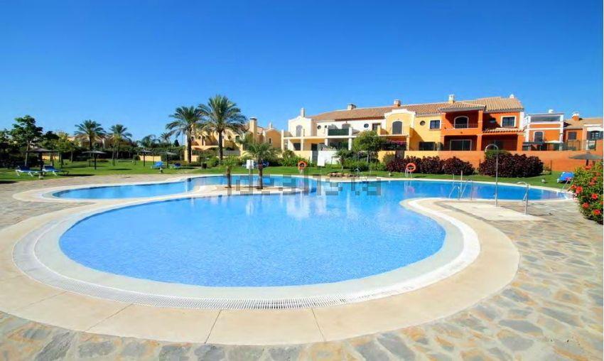 Chalet adosado en Villas y Golf, s n, Guadalmina Alta, Marbella