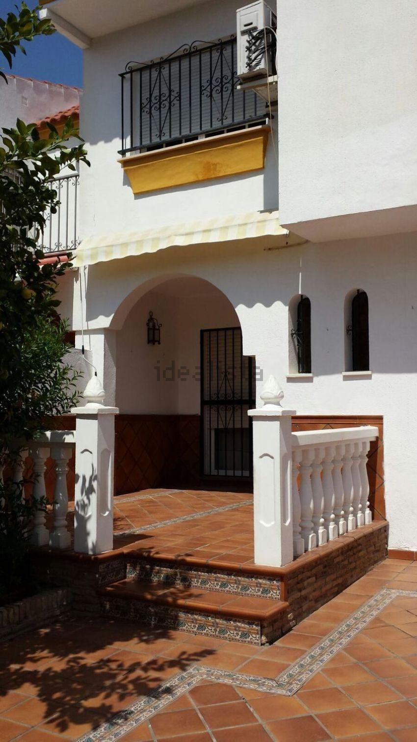 Chalet adosado en calle Gonzalo Torrente Ballester, 29, Casco Antiguo, Mairena d