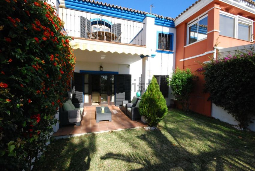 Chalet adosado en Guadalmina Alta, Marbella
