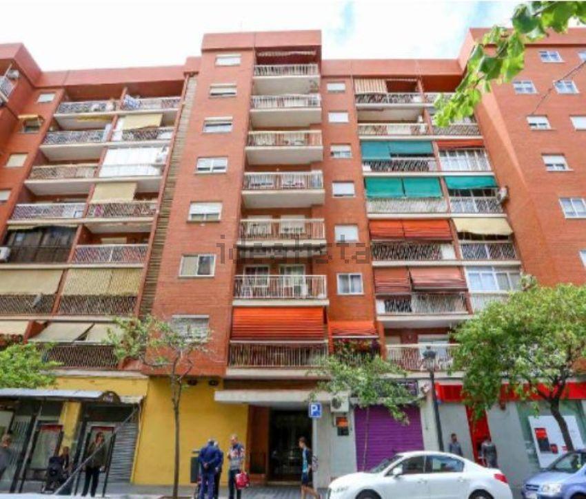 Piso en calle de la malva-rosa, 21, Zona Calle Valencia-La Ermita, Torrent