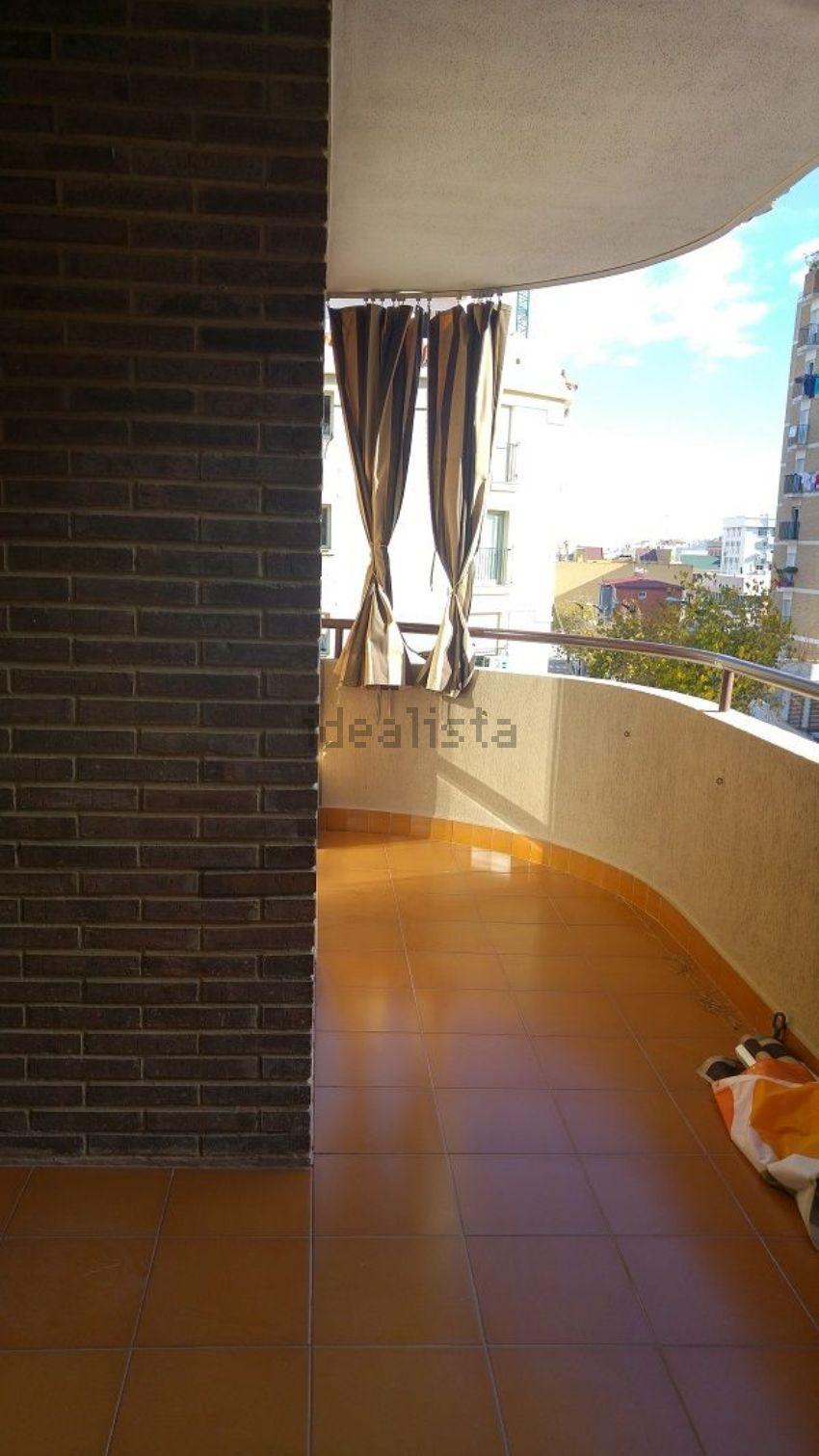 Piso en avenida Carlos de Haya, Teatinos - La Barriguilla, Málaga
