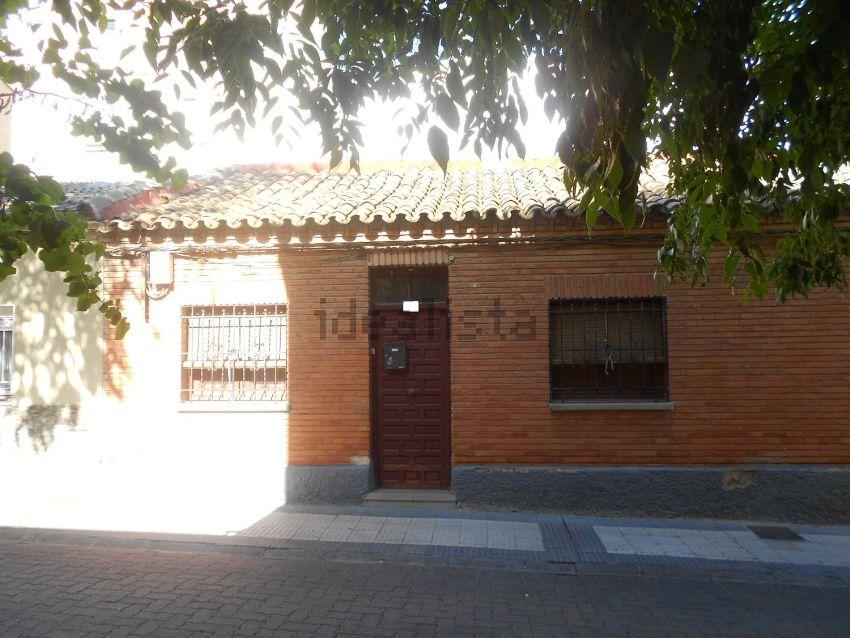 Chalet adosado en TENERIFE, Barrio Torrero, Zaragoza