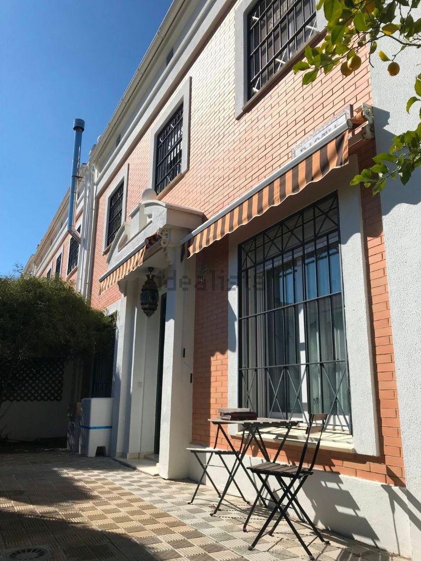 Chalet pareado en Zona Avenida de Europa, Montequinto