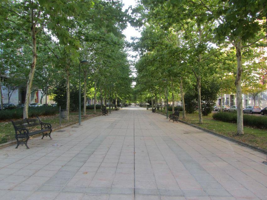 Piso en paseo Condes de Barcelona, Maria Auxiliadora - Barriada LLera, Badajoz