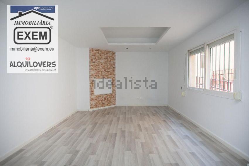 Piso en calle d almería, Magraners, Lleida
