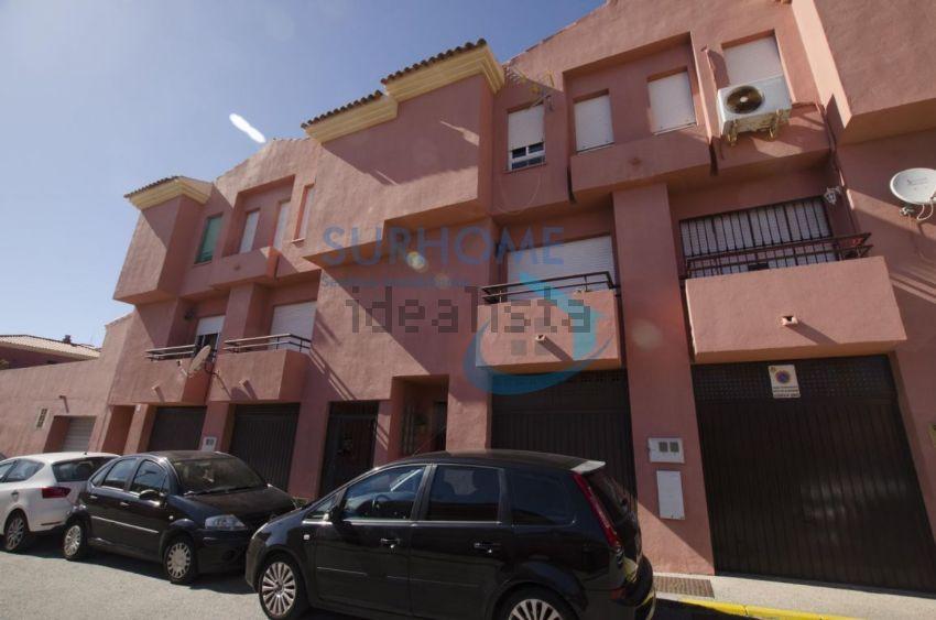 Chalet adosado en urbanizacion el anteojo, La Granja - La Colina - Los Pastores,