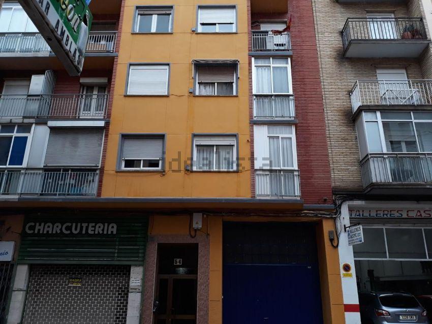 Piso en calle Caspe, Delicias, Zaragoza