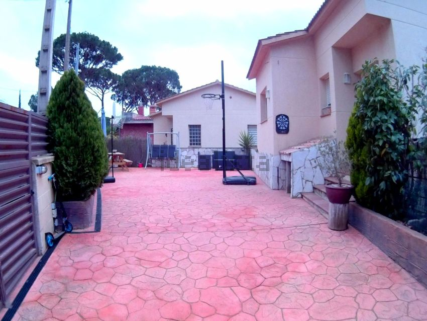 Casa o chalet independiente en calle Orrius, 5, Dosrius