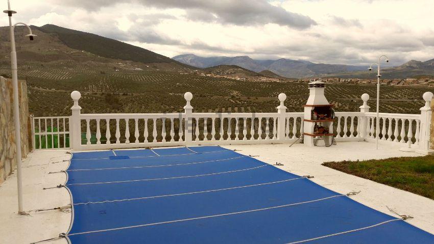 Chalet pareado en jardines de la yuca, La Guardia de Jaén