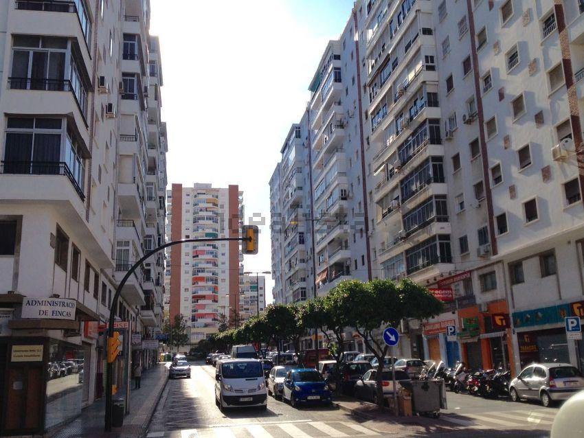 Piso en avenida San Sebastián, 3, Los Castillejos - La Trinidad, Málaga