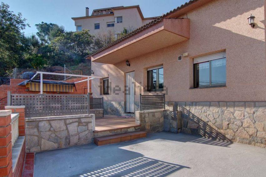 Casa o chalet independiente en calle de Cardedeu, Castellnou - Can Mir, Rubí