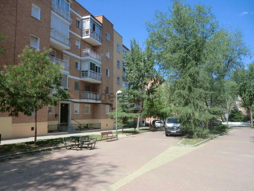 Piso en calle de puentelarra, Santa Eugenia, Madrid