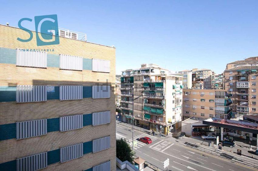 Piso en avenida de Cadiz, Zaidín, Granada