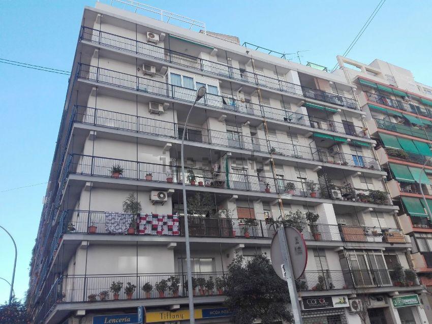 Piso en calle de l Humanista Mariner, Safranar, València