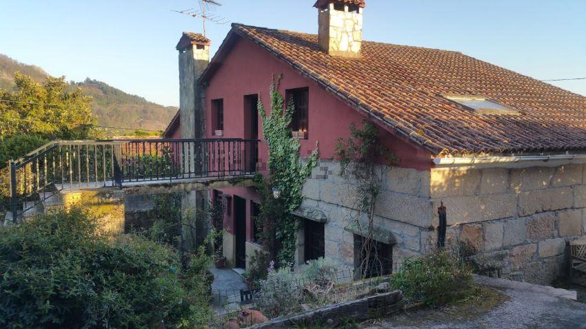 Casa o chalet independiente en calle Levada, Camos, Nigran