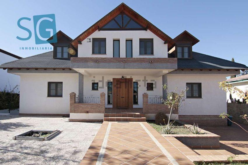 Casa o chalet independiente en calle Comares, Otura