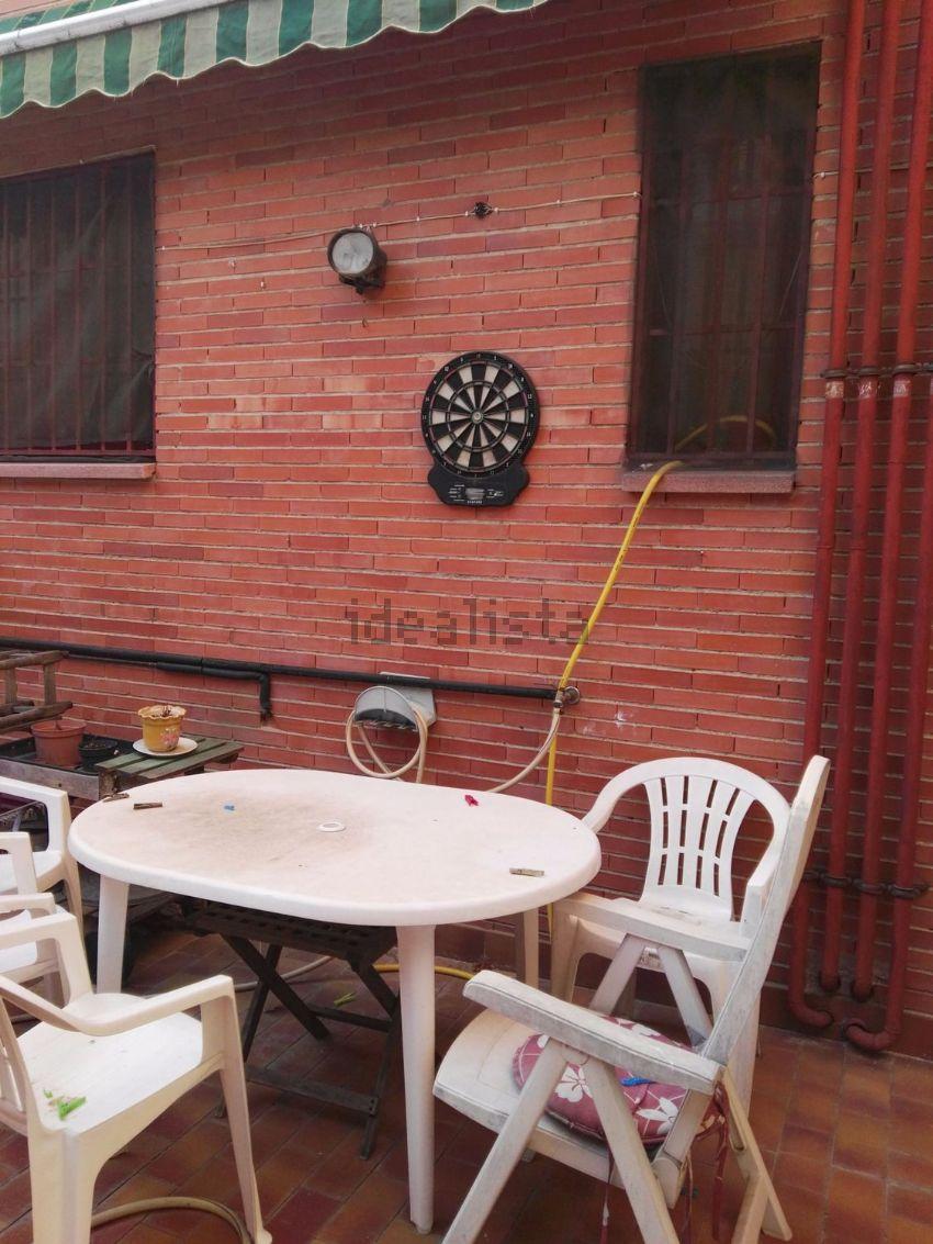Piso en calle TORRIJOS, Valdeacederas, Madrid