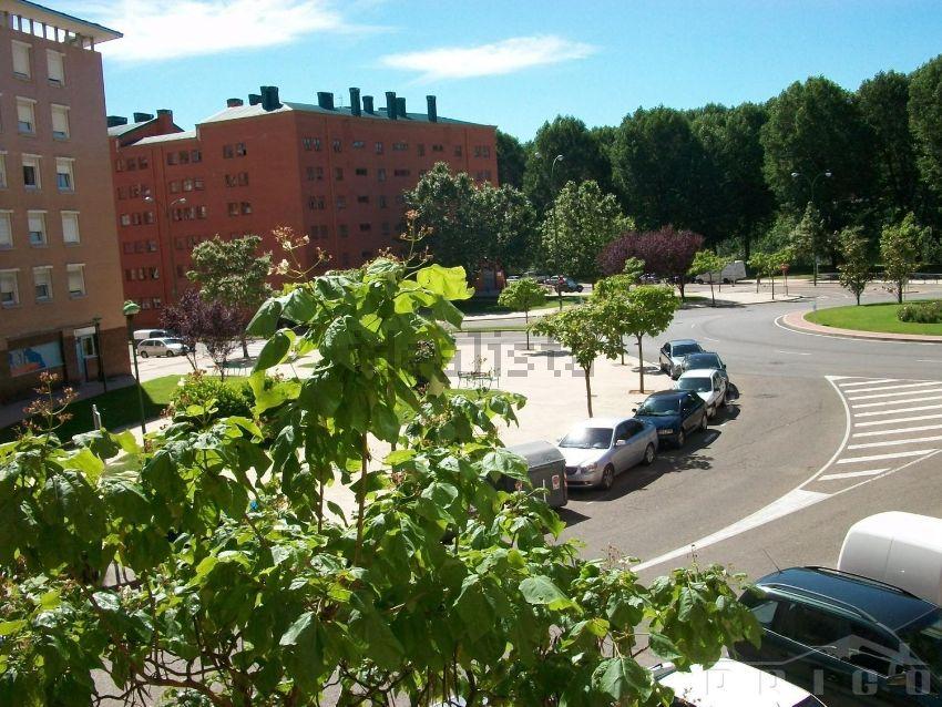 Piso en calle Luis Cernuda, Illera, Burgos