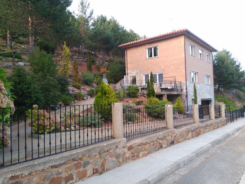 Casa o chalet independiente en avenida Moncayo, 60, San Martin de la Virgen del