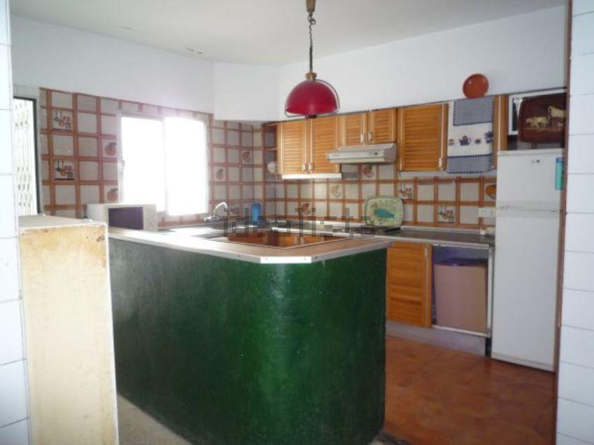 Piso cocina sevilla idealista labs for Piso idealista madrid