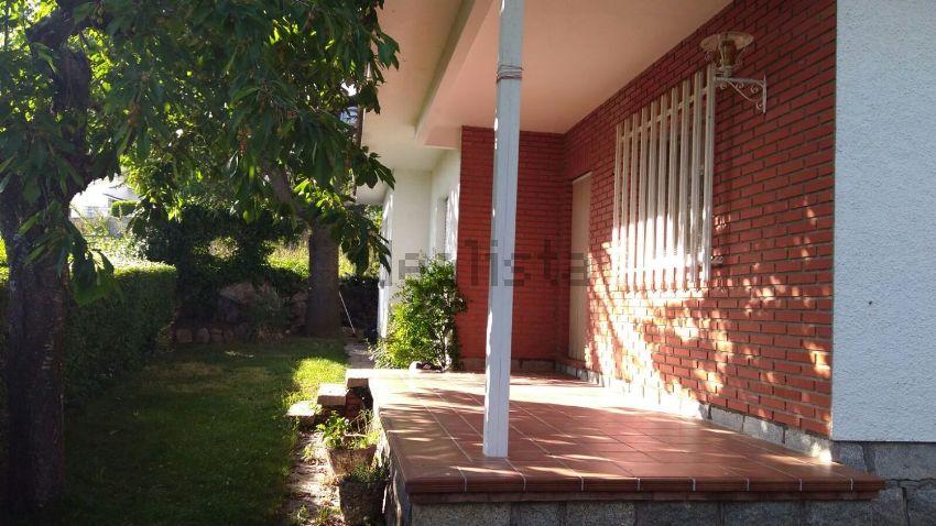 Alquiler de casa o chalet independiente en calle de el Arroyo, 18 ...