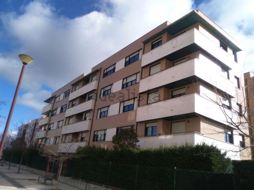 Piso en Sierra de gredos, Hospital Nuevo, Valladolid