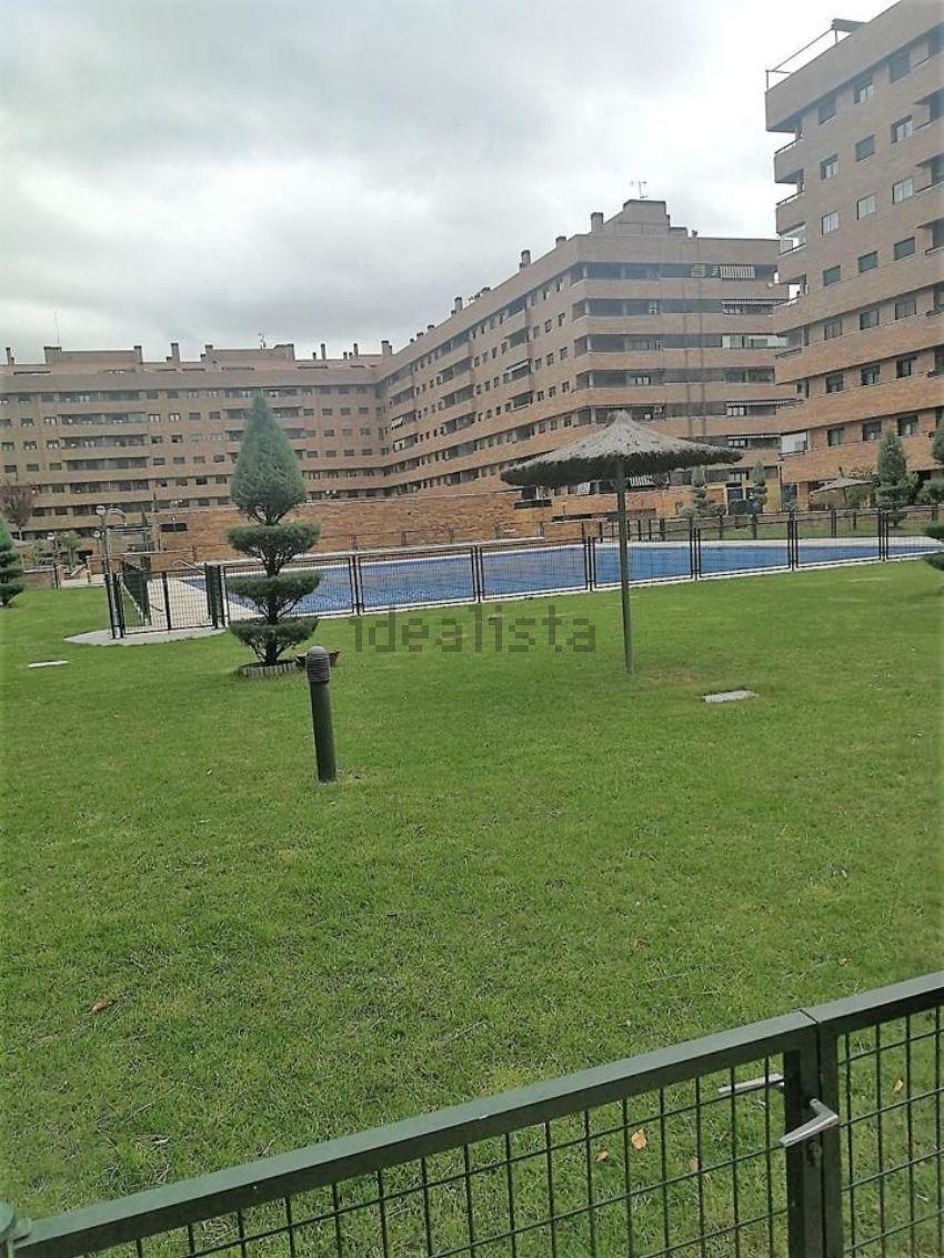 Piso en calle Sorolla, El Quiñón, Seseña