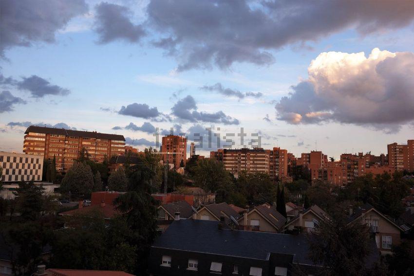 Dúplex en calle Velayos, Ciudad Universitaria, Madrid