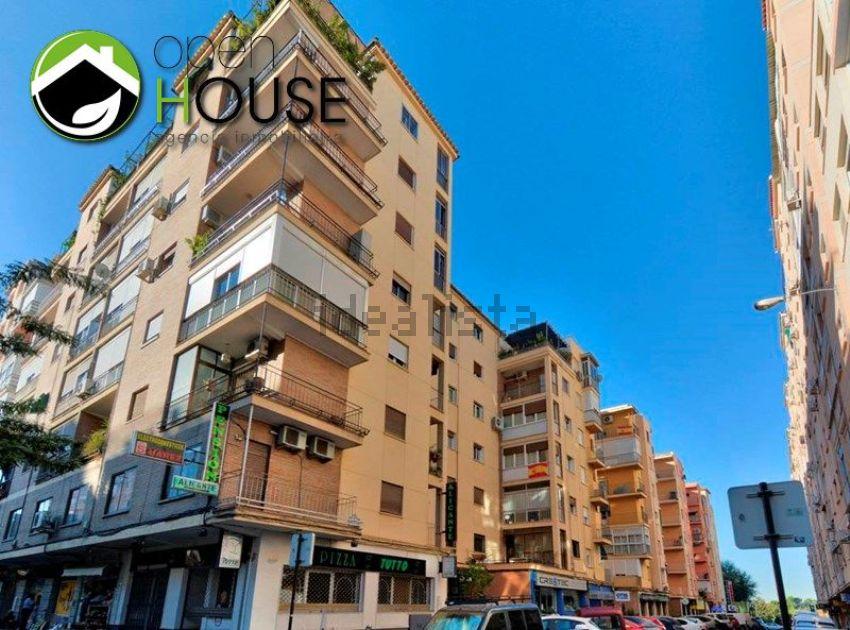 Piso en calle Angel Barrios, 1, Ronda - Arabial, Granada