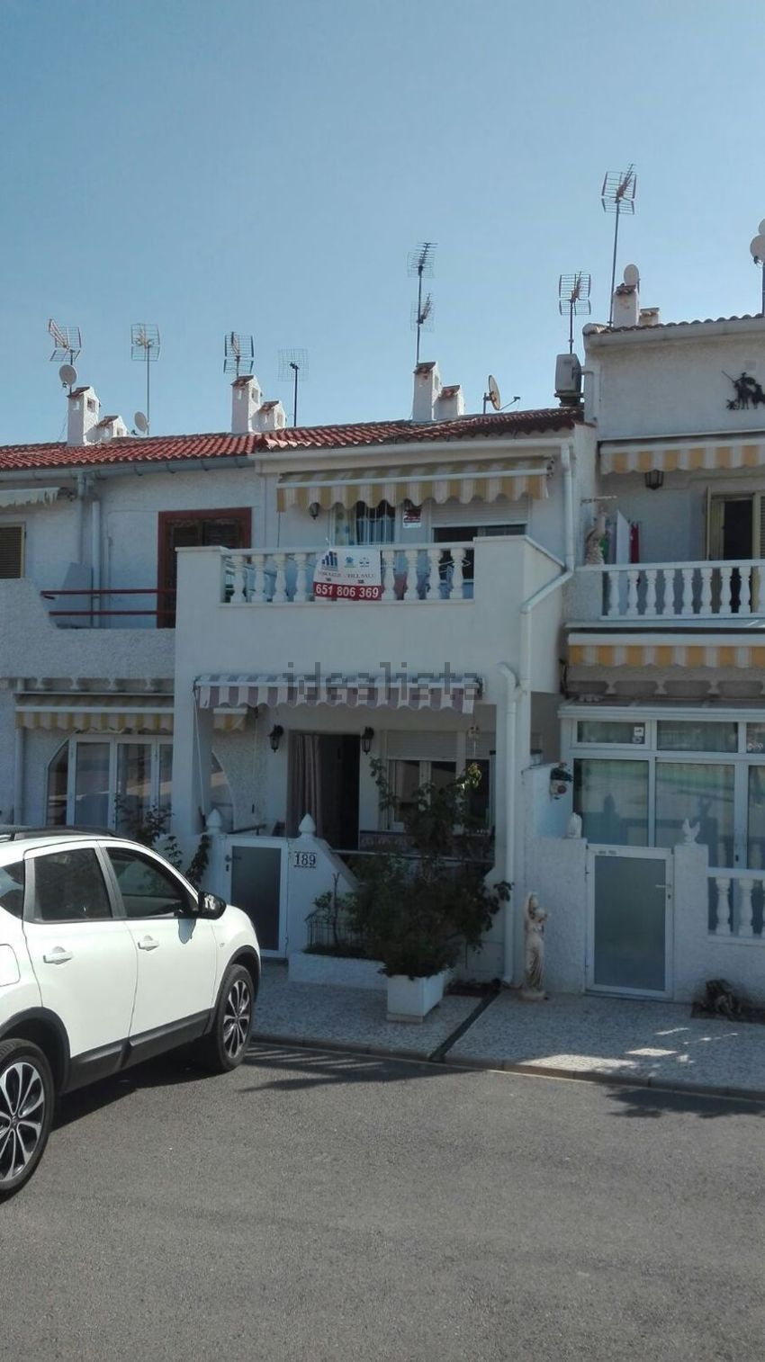 Chalet adosado en calle Castellón, 189, Cabo Cervera, Torrevieja
