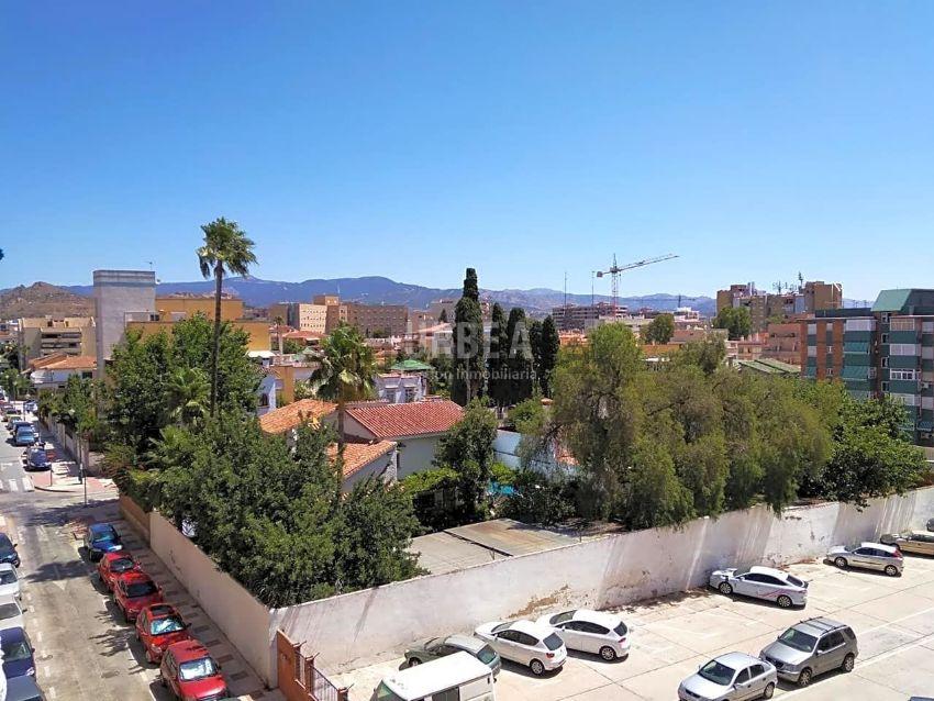 Piso en Teatinos - La Barriguilla, Málaga