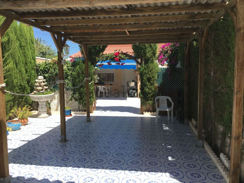 Casa o chalet independiente en calle de los Lirios, 211, La Siesta - El Salado -
