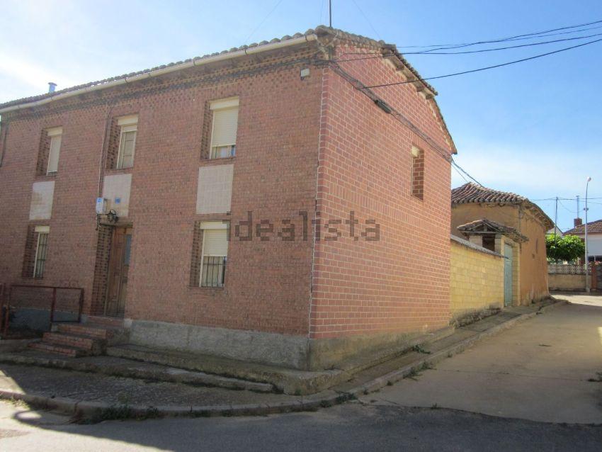 Casa de pueblo en calle Fuente, 12, Villaselan