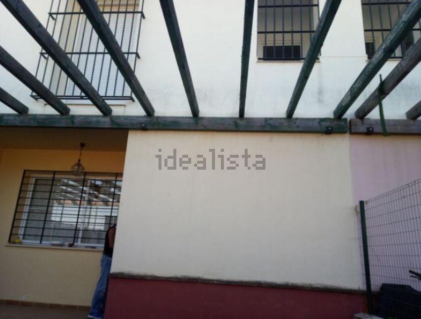 Casa de pueblo en calle Federica Montseny, 20, Cantillana