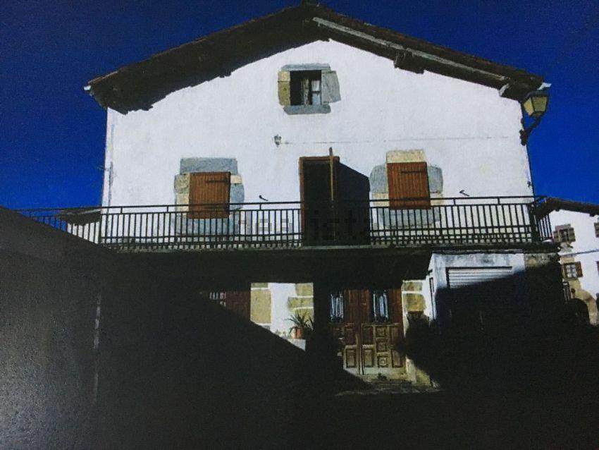 Casa de pueblo en calle Gurutzea, 2, Saldias