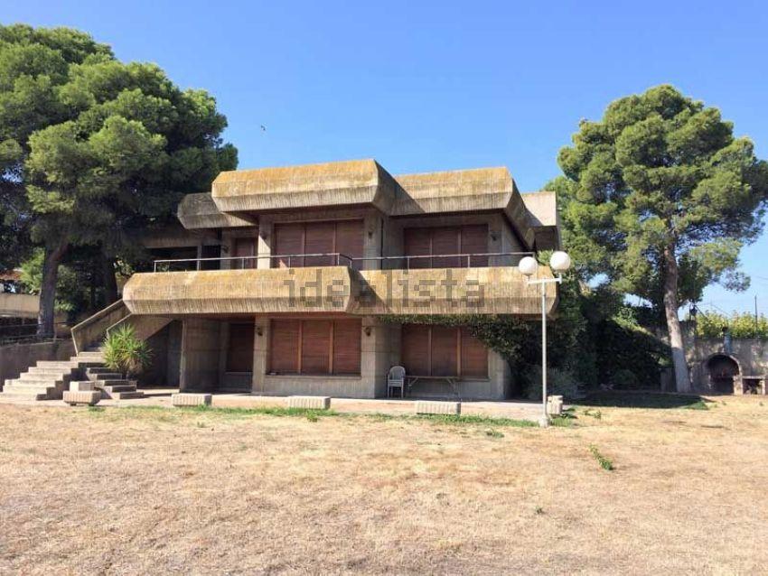 Casa o chalet independiente en Colonia San Lamberto, Casetas - Garrapinillos - M