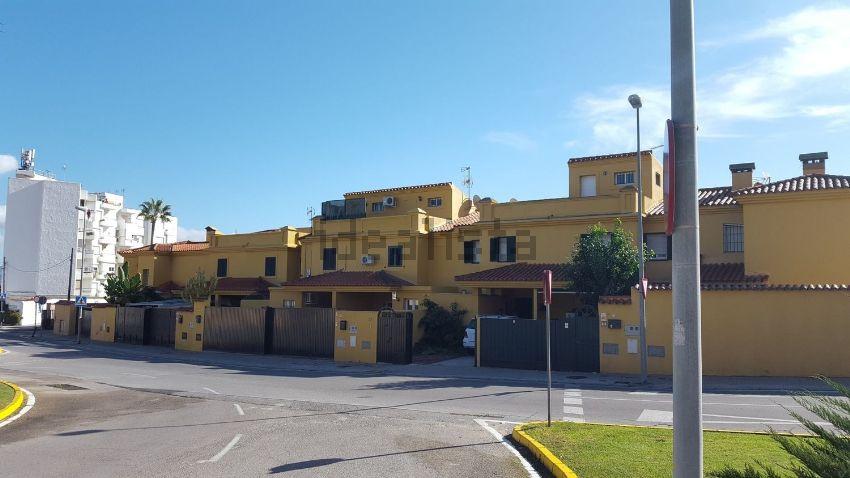 Chalet adosado en LAS ARENAS, El Rinconcillo - San José Artesano, Algeciras