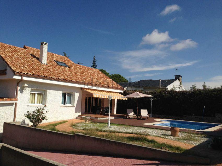 Casa o chalet independiente en calle Río Tajo, 4, Cerro Alarcón, Valdemorillo