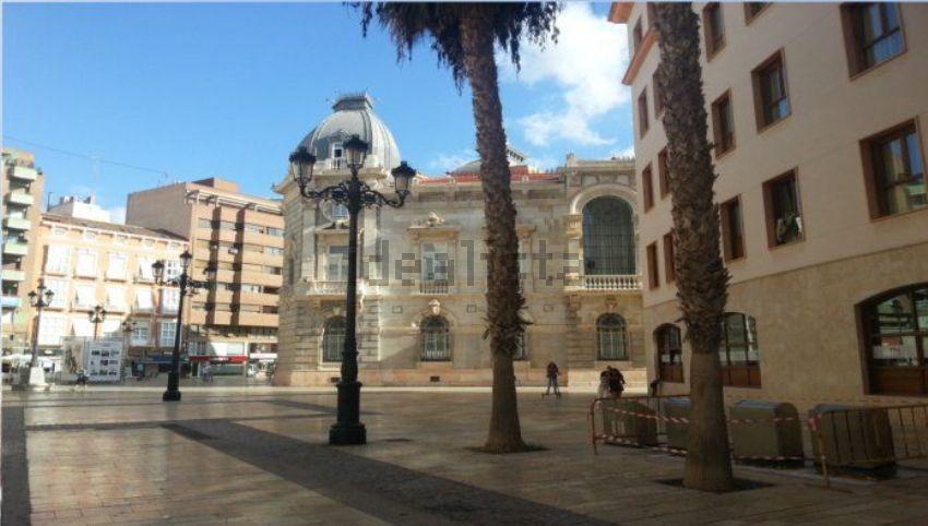 Piso en plaza jose maria artes, Casco Antiguo, Cartagena