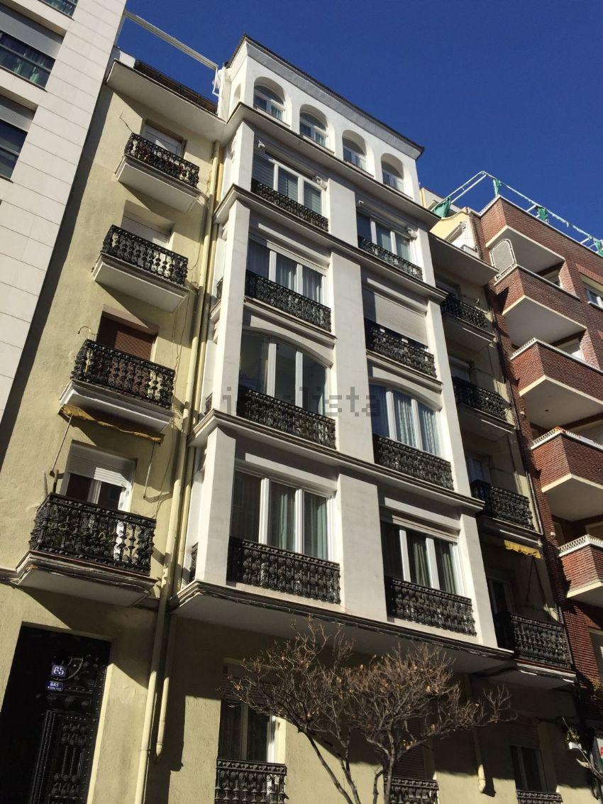 Piso en calle de Ponzano, Nuevos Ministerios-Ríos Rosas, Madrid