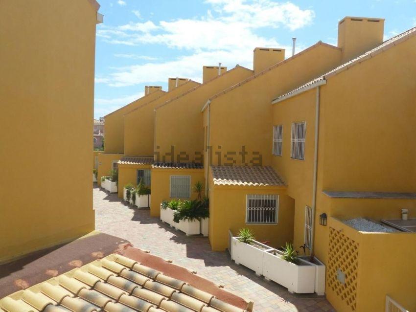 Chalet adosado en Clara Campoamor, 5, Alicante Golf, Alicante Alacant