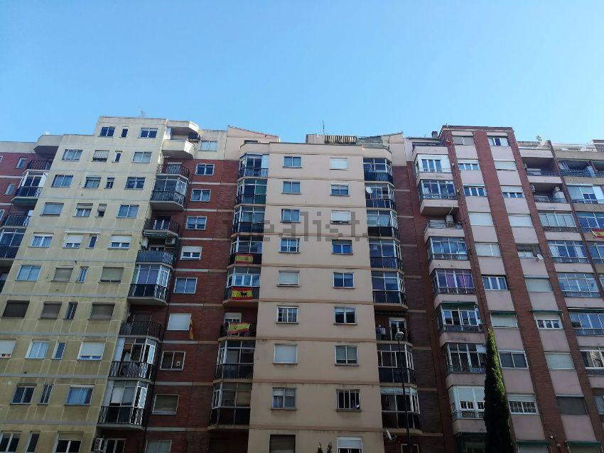 Piso en calle del Marqués de la Cadena, La Jota, Zaragoza