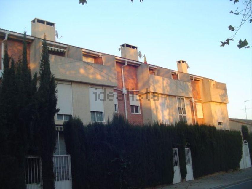 Chalet adosado en paseo LA SAGRADA, 27, Casetas - Garrapinillos - Monzalbarba, Z